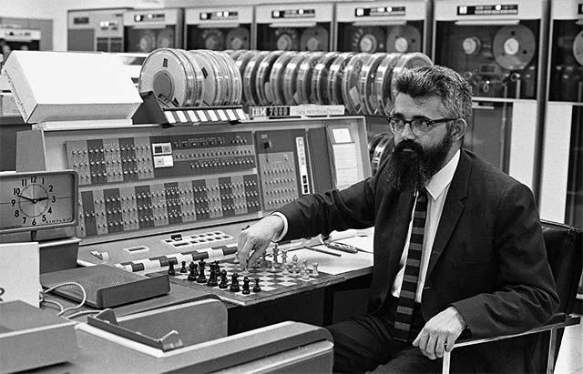 McCarthy scacchi IBM 7090