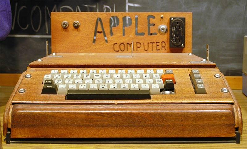 Apple1 case legno